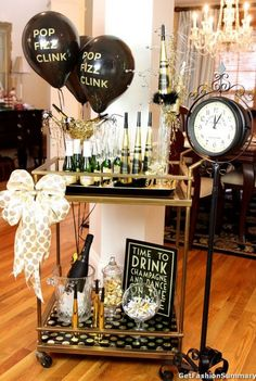 New Year Eve Bar Party Ideas With Waiting Clock