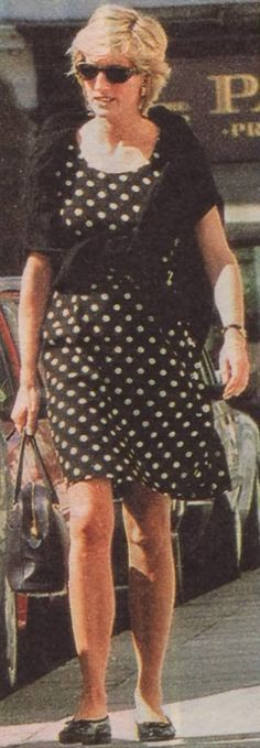 Princess Diana ~ she loved polka dots.