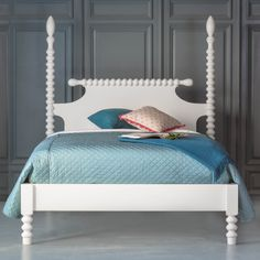 The Gwendoline Spindle Bed, Low Footboard from The Beautiful bed Company is one of the best selling beds in America. Admire the 2 hand carved spool spindles and the spindle adorned headboard. Cat Bedroom, Bedroom Decor, Spindle Bed, Steel Bed Frame, Bed Company, Bedroom Furniture Makeover, Furniture Restoration, Guest Bedrooms, Bedroom Colors