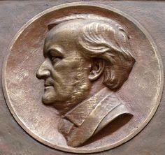 Munich and Co: Wagner à Dresde, une plaque commémorative
