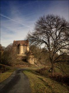 Chateau du Mont by RobN 185 / 500px