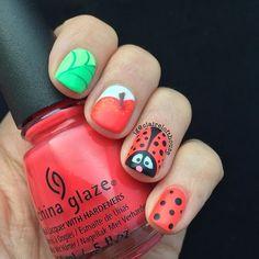 WEBSTA @ clairelofthouse - Day 30 #nailartchallengemay #ladybug #ladybugnails #cgclique #chinaglaze
