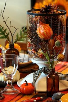 Fabulous Fall Centerpieces You Need To See - Dig This Design Autumn Decorating, Decorating Ideas, Decor Ideas, Fall Table, Deco Table, Decoration Table, Table Centerpieces, Thanksgiving Decorations, Thanksgiving Table