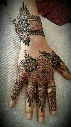 Beautiful mehandi....