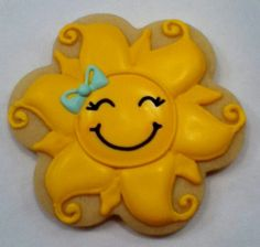 This is an adorably pretty cookie! skip the bow and its perfect Summer Cookies, Fancy Cookies, Iced Cookies, Cute Cookies, Easter Cookies, Cupcake Cookies, Cupcakes, Cookie Favors, Heart Cookies