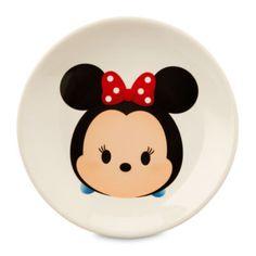 """Wenn es bei deiner Dinner-Party um die Vorspeisen geht, stellt dieser """"Minnie Maus""""-Disney Tsum Tsum-Vorspeisenteller mit dem niedlichen Motiv des Disney-Lieblings in Form eines stapelbaren Disney Tsum Tsums eine geschmackvolle Ergänzung dar."""