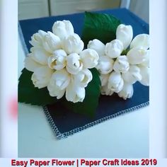 Diy Crafts - Creative ideas about paper crafts. Tissue Paper Flowers, Paper Roses, Fabric Flowers, Cool Paper Crafts, Diy Crafts For Gifts, Easy Crafts, Fleurs Diy, Paper Flower Tutorial, Paper Decorations