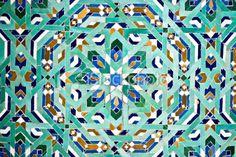 stock-photo-7233039-arab-tiles-mosaic-texture-background-pattern.jpg (380×253)