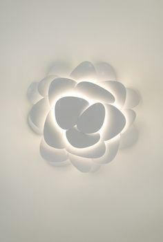 wall flower by ultralighting