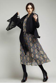Jolie blouse disponible sur www.kerenb.com