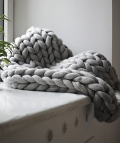 Ohhio Small Chunky knit Blanket
