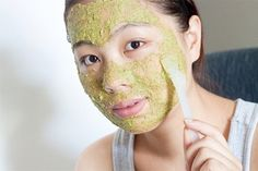 5 Natural scrubs for your skin Fitness Workouts, Creme Anti Rides, Cellulite, Cucumber Face Mask, Homemade Facial Mask, Makeup Jobs, Green Tea Bags, Coconut Oil For Face, Les Rides