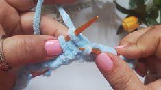 YABANCI KANALDA GÖRDÜM HEMEN ÖRDÜM PUF PUF KADİFE İPLE ŞİŞLE BEBEK BATTANİYESİ/BABYBLANKET VERY - YouTube Crochet Baby, Knit Crochet, Easy Baby Blanket, Baby Knitting Patterns, Kids And Parenting, Decoupage, Diy And Crafts, Tricot, Butterflies