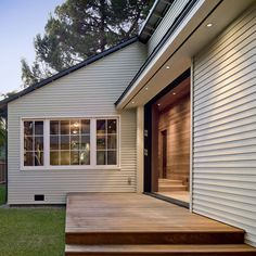 Addition/Remodel of Historic House in Palo Alto - contemporary - patio - san francisco - Cathy Schwabe Architecture House Cladding, Timber Cladding, Facade House, Cladding Ideas, House Facades, House Paint Exterior, Exterior House Colors, Exterior Design, Weatherboard Exterior