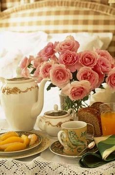 Love the Tea Set and the Pink Roses!
