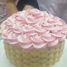 Cake Decorating Frosting, Cake Decorating Designs, Cake Decorating For Beginners, Cake Decorating Videos, Cake Decorating Techniques, Cake Designs, Pretty Cakes, Beautiful Cakes, Amazing Cakes