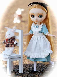 pulip doll alice in wonderland dress