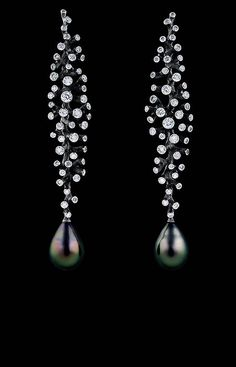 Jewellery Theatre: Corals Collection - Corals Earrings, 18k White Gold, Diamonds and Dark Pearls (=)