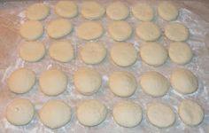 Gogosi umplute preparare Hamburger, Gem, Muffin, Bread, Breakfast, Food, Morning Coffee, Eten, Hamburgers