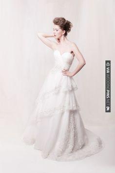 Romantic bridalwear by Sarah Houston | VIA #WEDDINGPINS.NET