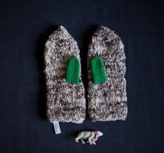 A cozy gift for the friend with a green thumb.
