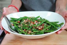 Green Beans with Crushed Toasted Almonds Recipe | eHow's Food Blog: Table Talk | eHow.com