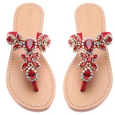 Find New Look's elegant variety of ladies heeled shoes, along with block bottom of heel sandals, strappy flip flops and system styles. Jeweled Sandals, Red Sandals, Sandals Outfit, Leather Sandals, Strappy Sandals, Pretty Shoes, Cute Shoes, Mystique Sandals, Beautiful Sandals