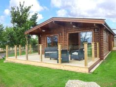 Heathcliff Lodge in Northallerton, Yorkshire Dales. Sleeps 4, private hot tub & weekly prices from £419.