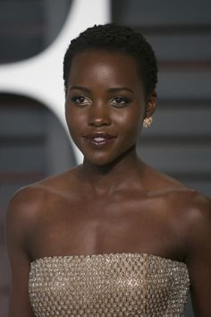 Coiffure afro : L'ultra court de Lupita Nyong'o