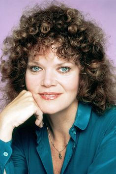 Oscar-nominated actress Eileen Brennan died early Sunday, her publicist said. She was 80. (@Holly Hanshew Elkins Elkins Elkins Elkins Elkins S Reporter)