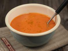 Supa+rece+de+rosii Supe, Gazpacho, Prosciutto, Chorizo, Cheeseburger Chowder, Fondue, Veggies, Ethnic Recipes, Ham
