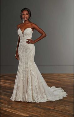 Strapless Fit And Flare Lace V-neck Wedding Dress on Kleinfeld Bridal How To Dress For A Wedding, V Neck Wedding Dress, Fit And Flare Wedding Dress, Dream Wedding Dresses, Designer Wedding Dresses, Wedding Gowns, Lace Wedding, Plus Size Wedding, A Boutique