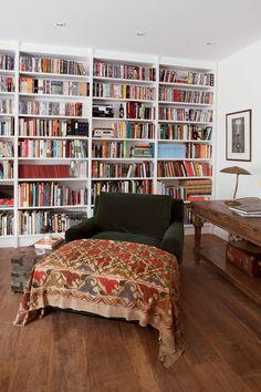 casa carioca pelo escritório de arquitetura Ouriço, de Beto Figueiredo e Luiz Eduardo Almeida