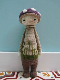PAUl the toadstool (mushroom) made by gusetcie / crochet pattern by lalylala