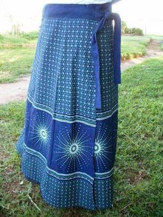 Top shweshwe dresses with apron 2018 - Reny styles shweshwe dresses with apron African Print Dresses, African Fashion Dresses, African Dress, African Outfits, African Clothes, African Prints, Sepedi Traditional Dresses, Traditional Wedding Attire, African Attire