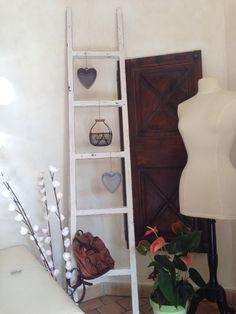 Échelle décorative patiné gris poivré / blanc lin