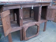 Pallets Recycled 100 4823 Recycled Pallet Rabbit Hutch in garden diy with Recycled rabbit pallet animal - This Rabbit Hutch has a hinged roof so it can be lifted and both bedroom dividers can be removed for …
