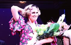 Jane Lynch takes her curtain call on her opening night in Broadway's 'Annie' at The Palace Theatre (05.16)