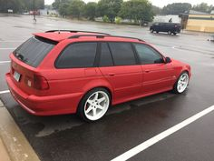 Bmw Car Models, Bmw Cars, Bmw E39 Touring, Little Red Wagon, Bmw Wagon, Bmw 5 Series, Indiana Jones, Nice Cars, Station Wagon