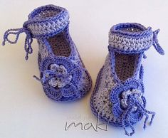 Crochet pattern baby booties Perfect for special por MakiCrochet