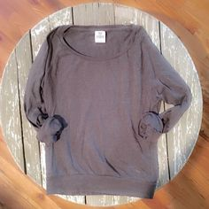 Like new cozy Victoria's secret pink gray sweater One a few times only, excellent condition. Size extra small. Reasonable offers a while, or bundle to save much more! Thanks for shopping my closet! Victoria's Secret Sweaters