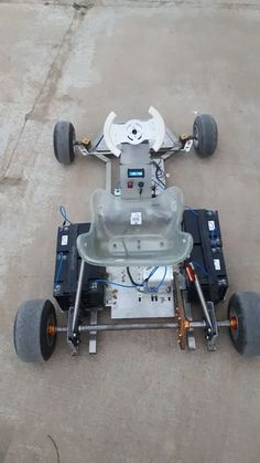 How to Design and Make an E-GoKart : 8 Steps (with Pictures) - Instructables Triumph Motorcycles, Custom Motorcycles, Electric Motor, Electric Cars, Dirt Bike Girl, Girl Motorcycle, Motorcycle Quotes, Go Kart Frame, Bike Cart