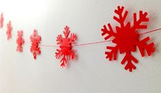 Red snowflake paper christmas decoration by katietemple on Etsy