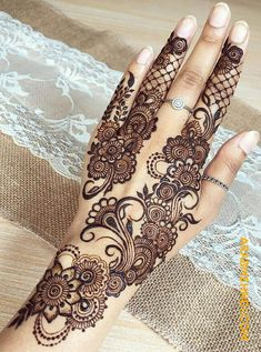 50 Most beautiful Rakhi Special Mehndi Design (Rakhi Special Henna Design) that you can apply on your Beautiful Hands and Body in daily life. Henna Hand Designs, Henna Tattoo Designs, Pretty Henna Designs, Modern Henna Designs, Mehndi Designs Finger, Mehndi Designs Book, Mehndi Designs For Girls, Mehndi Design Pictures, Wedding Mehndi Designs