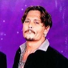 (*) Twitter  Johnny Depp Young Johnny Depp, Johnny Depp Movies, Celebrity Dads, Celebrity Crush, Johnny Depp Pictures, Noble Knight, Hollywood Men, Hugh Jackman, Captain Jack Sparrow