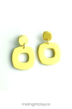 Yellow polymer clay earrings. Cut out donut circle shaped dangle earrings. Simple, everyday minimalist earrings make the perfect accessory for a summer or fall outfit. Give as a unique birthday gift for best friend, daughter, or teen girl. Makes a great summer birthday gift! Shop these trendy handmade earrings for women in my etsy shop! Birthday Gifts For Best Friend, Unique Birthday Gifts, Best Friend Gifts, Yellow Earrings, Women's Earrings, Minimalist Earrings, Minimalist Jewelry, How To Clean Earrings, Yellow Candy