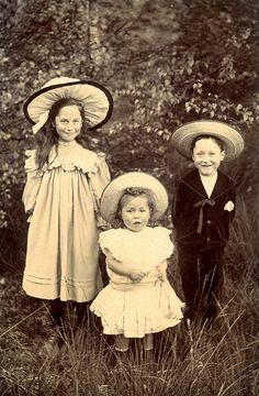 Smiling Edwardian children in hats by lovedaylemon, via Flickr