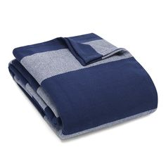 This Eddie Bauer Boylston Cotton Blanket, classic navy blue and featuring a white rugby stripe, makes a warm and inviting addition to your room's décor. Made of cotton twill, this blanket begs to be cuddled up with. Blue Blanket, Blanket Sizes, Cotton Blankets, Cozy Blankets, Electric Throw Blanket, Cotton Textile, Quilt Stitching, Eddie Bauer, Bed Linen