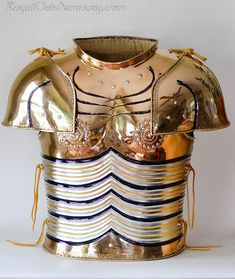 A recreation of Agamemnon's armour, based on descriptions found in the Iliad. Made by Jeffrey Hildebrandt, commissioned by Dan Howard.