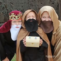The Nativity 3 Wisemen King Beards!  Great for Dressing up the Christmas story!  Felt and elastic!